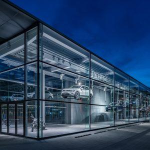Web porsche holding salzburg konzernschaufenster  by foto flausen